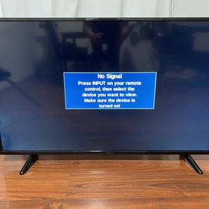 Insignia 55 Inch TV for Sale in Los Angeles, CA