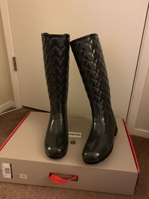 100% Authentic Brand New in Box Hunter Original Refined High Gloss Quilted Waterproof Rain Boot / Color: Dark Slate / Women US size 8 & 10 for Sale in Walnut Creek, CA