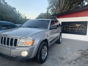 2006 Jeep Grand Cherokee ( ask for the 3Mo wrrnty) for Sale in Tampa, FL