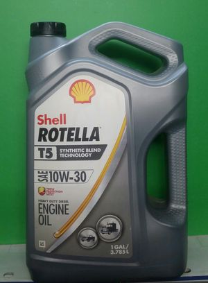 Aceite ROTELLA shell 10w-30 para motor diesel for Sale in Los Angeles, CA