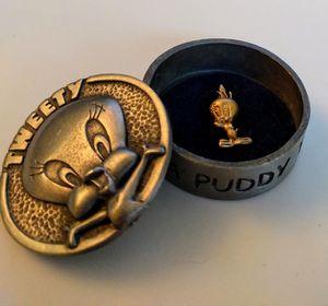 Warner Bros. Tweety Bird 14k gold necklace charm w/pewter jewelry box for Sale in West Palm Beach, FL
