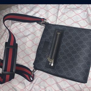 Gucci Messenger Bag for Sale in Brooklyn, NY