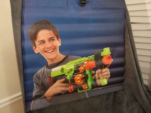 Nerf toy pellet gun vinyl / bullets toys / green & blue wall hanging / sports / outdoor / indoor for Sale in Naples, FL