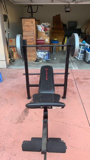 Bench press weight set for Sale in San Pedro, CA