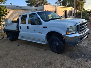 Ford f 450 4×4 diesel , manual transmission año 2004 for Sale in Fontana, CA