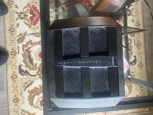 NETGEAR Nighthawk X6 Smart WiFi Router (R8000) - AC3200 Tri-band Wireless Speed (up to 3200 Mbps)   Up to 3500 sq ft Coverage & 50 Devices   4 x 1G E for Sale in San Diego, CA