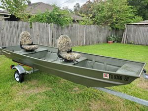 2018 bote y traila for Sale in Houston, TX