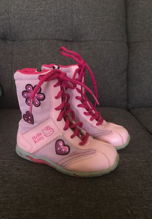 Children's shoes for Sale in Puyallup, WA
