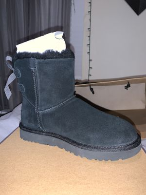 Black Ugg's with bow for Sale in Oakland, CA