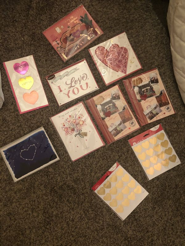 8 Valentine's Day card for 5 ( pick one two or three or four)
