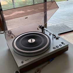 Vintage 1970's Phillips 212 Electronic Turntable for Sale in Leavenworth,  WA