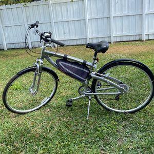 Schwinn Bike 🚴 Almost New Size 28 for Sale in Miami, FL