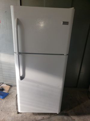 "🌽 Frigidaire full-Size refrigerator (Size:30"" w by 30"" d by 69"" h 🍋(can deliver for free for Sale in San Dimas, CA"