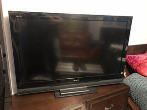 """Sony 46"""" lcd tv for Sale in Houston, TX"""