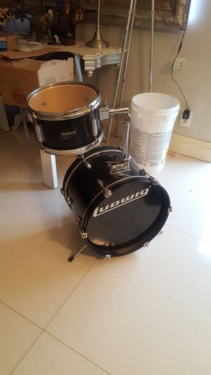 Ludwig Junior drum set for Sale in North Lauderdale, FL
