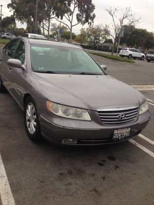 Hyundai azera 2006 for Sale in Long Beach, CA