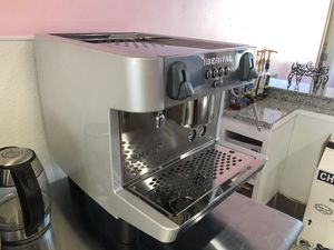Selling a commercial espresso machine for Sale in Fresno, CA