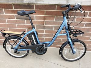 GIANT E-BIKE ELECTRIC BIKE BICYCLE MINT CONDITION NEW FREE SHIPPING! for Sale in Strongsville, OH