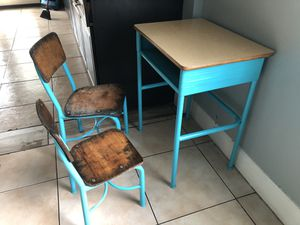 Kids desk and chairs for Sale in Houston, TX