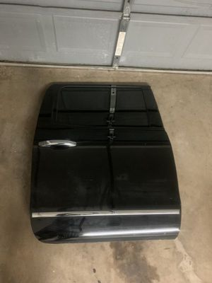 2014-2018 Silverado/Sierra passenger rear door for Sale in Dallas, TX