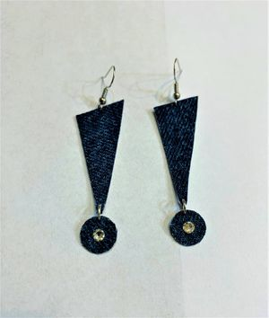 Denim Earring cute with very shinny Swavorski Crystals for Sale in Peoria, IL