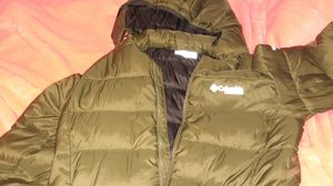 Columbia titanium brand new light weight coat NEVER been worn only tried on size is medium for Sale in Belton, SC