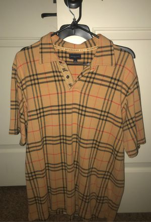Burberry Polo sz L for Sale in Houston, TX