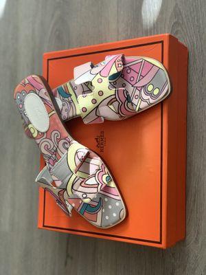 Designer sandals for Sale in Lake Elsinore, CA