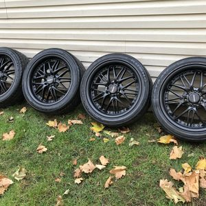 """17"""" 5 lug Universal Rims And Tires for Sale in Roseland, NJ"""