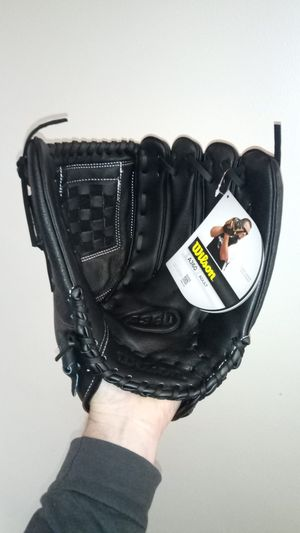 """Wilson A360 Softball glove, 14"""", slow pitch all purpose all position for Sale in Columbus, OH"""