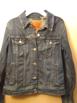 Womens small levis trucker jacket for Sale in Baldwin Park, CA
