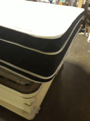 Queen euro pillowtop mattress set for Sale in Atlanta, GA