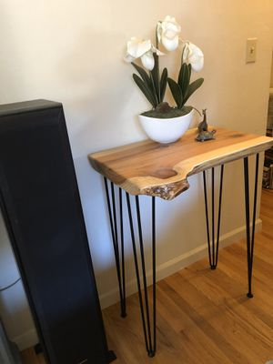 Entry console table redwood liveedge for Sale in Sunnyvale, CA