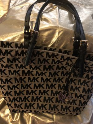 11 Authentic Bag....LV, MK, Kate Spade, Dooney and Burke, etc for Sale in Spring Valley, CA