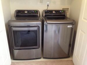 LG Smartthinq Turbowash3d 5-cu ft High Efficiency Top-Load Washer for Sale in Princeton, WV