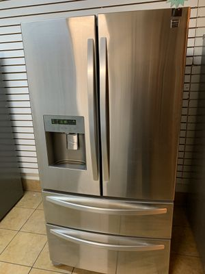Refrigerator Kenmore for Sale in Fontana, CA
