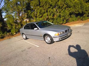 BMW 540i Sport. 1997. 155200 miles new clutch,new all system A/C,new tires,New oil for Sale in Flowery Branch, GA