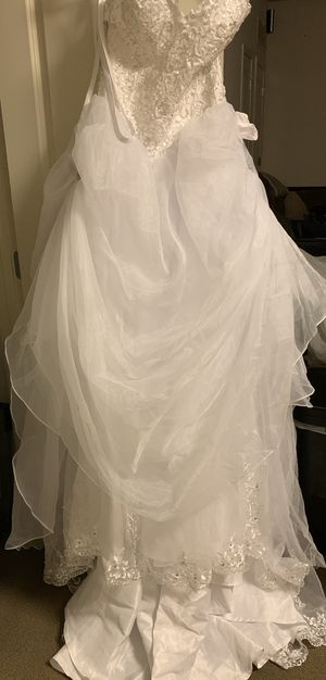 Brand new wedding dress for Sale in Baltimore, MD