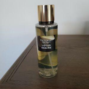 Victoria Secret spray parfume for Sale in Allen Park, MI