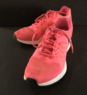 Ladies Size 10 NIKE Sneakers for Sale in Murrieta, CA