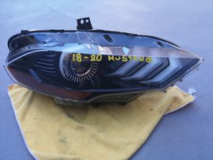 Ford mustang S550 2018 2019 2020 right headlight led for Sale in Lawndale, CA