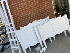 White Wood Twin Over Twin Bunk Beds for Sale in Dallas, TX