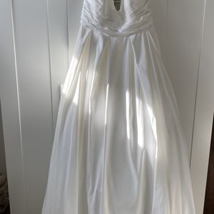 Wedding Dress for Sale in Akron, OH
