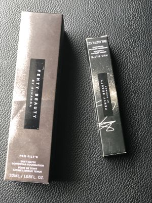 Fenty beauty concealer310 and foundation 300 for Sale in Houston, TX
