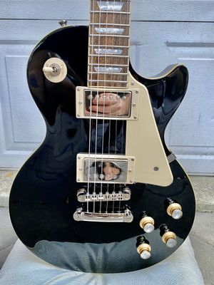 Ebony Epiphone Les Paul electric guitar for Sale in Palo Alto, CA