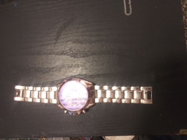 Rose rhinestone watch