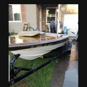 $1000 Boat And Trailer for Sale in Garden Grove, CA