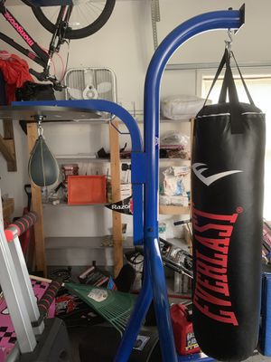 boxing bag for Sale in Manassas, VA