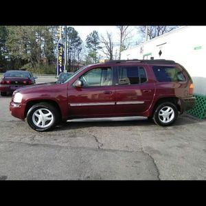 '03 GMC Envoy XL maroon for Sale in Richmond, VA