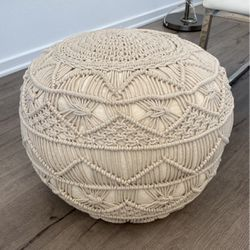 Cute Ottoman For ($25.00!) for Sale in Los Angeles,  CA